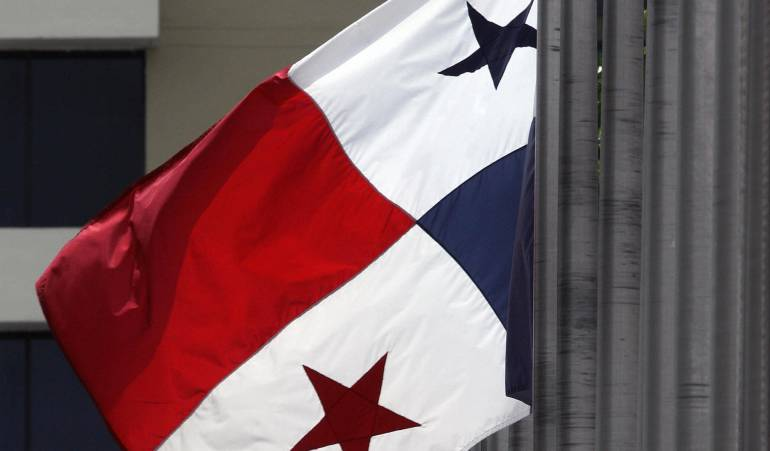 Panamá acusa a 20 países de discriminarlo, incluido El Salvador