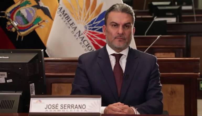 Serrano es destituido; Baca enfrentará juicio político