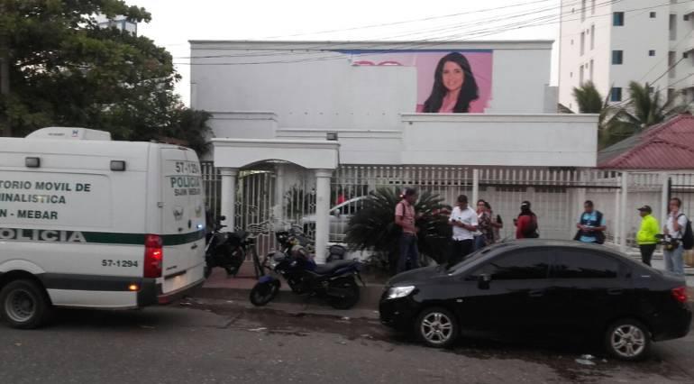 4 armas de fuego encuentran en sede de candidata Aida Merlano