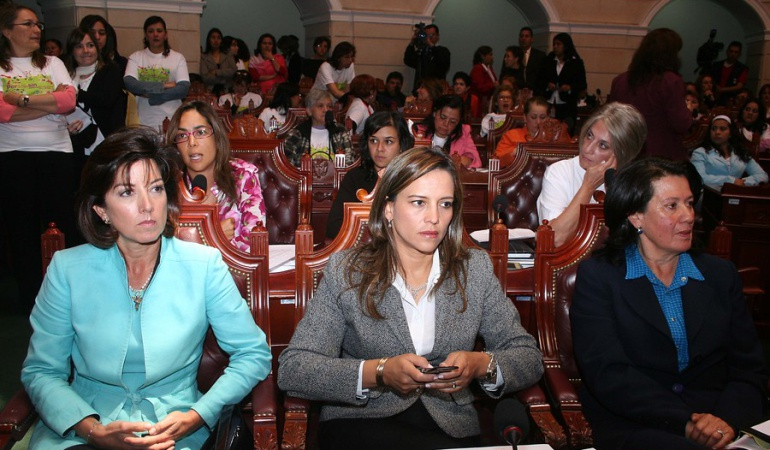 Mujeres en el Senado
