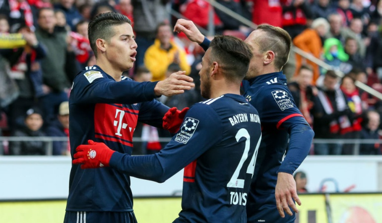 James Rodríguez fue titular en la derrota de Bayern en Leipzig