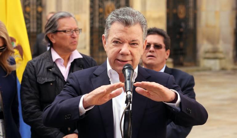 Presidente Santos manifestó que es urgente restaurar la democracia en Venezuela