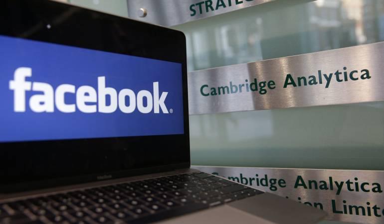 Facebook: Un juez da luz verde al registro de las oficinas de Cambridge Analytica