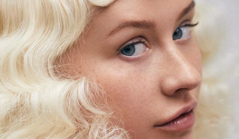 Christina Aguilera aparece sin maquillaje y luce irreconocible — Fotos