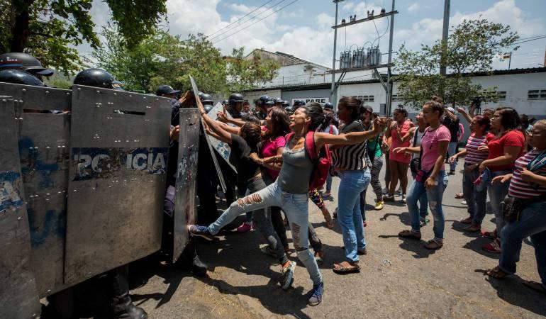 Crisis venezuela. Riña cárcel deja varias decenas de muertos: Motín en cárcel de Venezuela dejaría 78 muertos