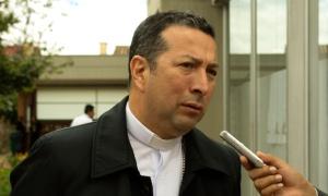 Monseñor Orlando Olave Villabona