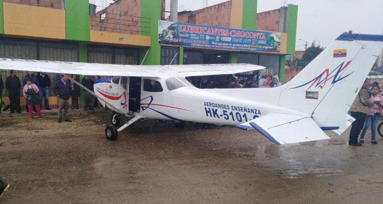 Chocontá: Suspendida licencia del piloto que aterrizó de emergencia en Chocontá