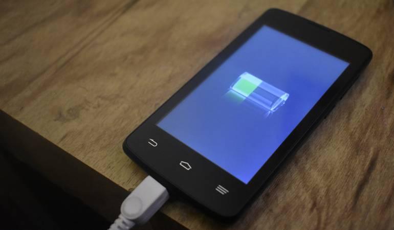Cómo cargar batería celular: Así debe cargar su celular a diario