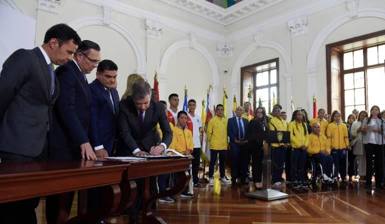 """Burocracia en ministerio del deporte: """"El Ministerio del Deporte no generará más burocracia"""": Santos"""
