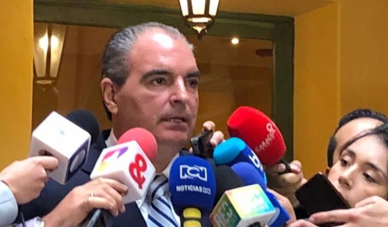 Alianzas de Vargas Lleras previo a la primera vuelta presidencial: La U y Vargas Lleras ultiman detalles para acuerdo programático