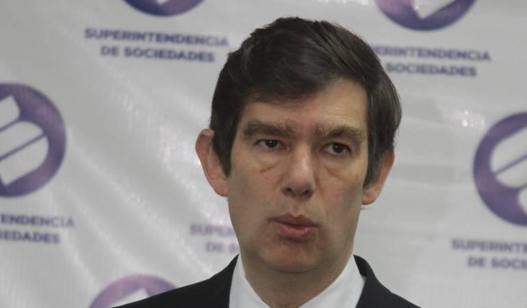 Soborno internacional investigación: Grupo élite tras pista de 17 empresas implicadas en soborno internacional
