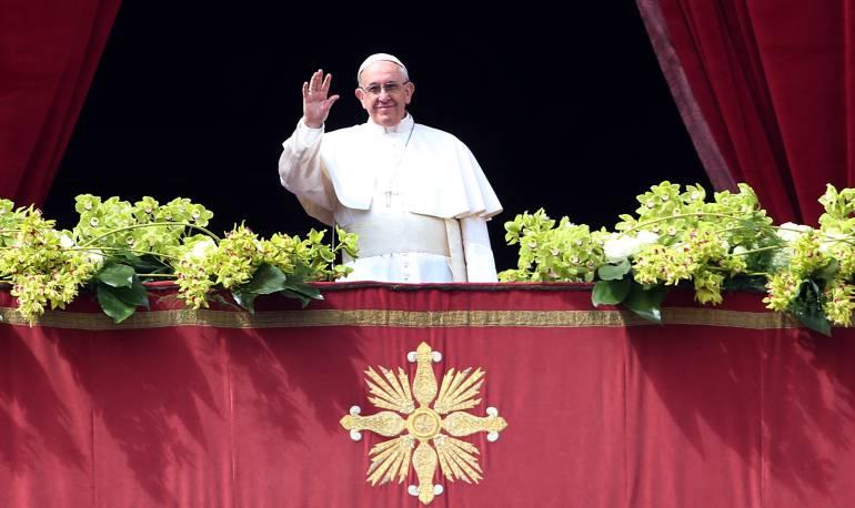 """Vaticano: El papa aboga por un """"empleo digno"""""""
