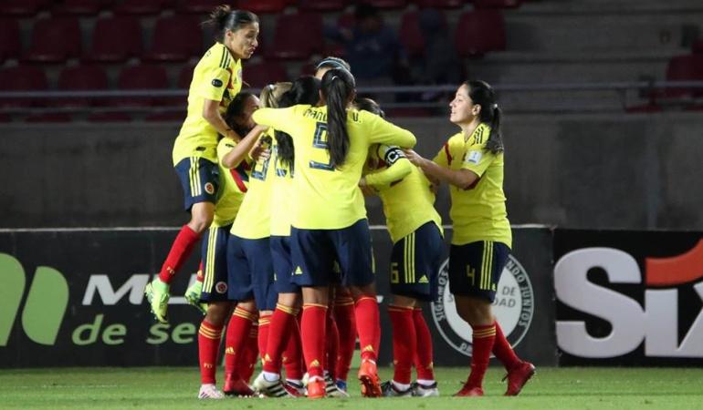 Colombia 5-0 Paraguay Copa América Femenina: Colombia golea a Paraguay y lidera Grupo A de la Copa América Femenina