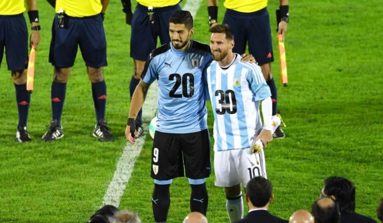 Mundial 2030 Messi: Messi y Suárez: imagen de Argentina, Paraguay y Uruguay para Mundial 2030