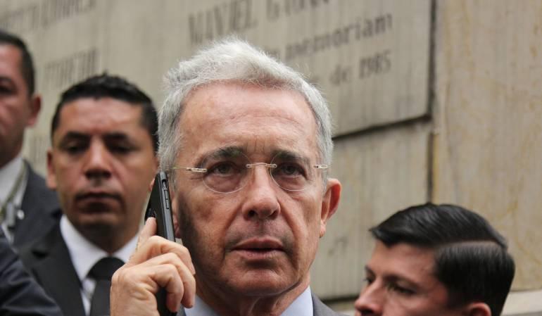 Falsos Testigos: En firme investigación contra Álvaro Uribe Velez
