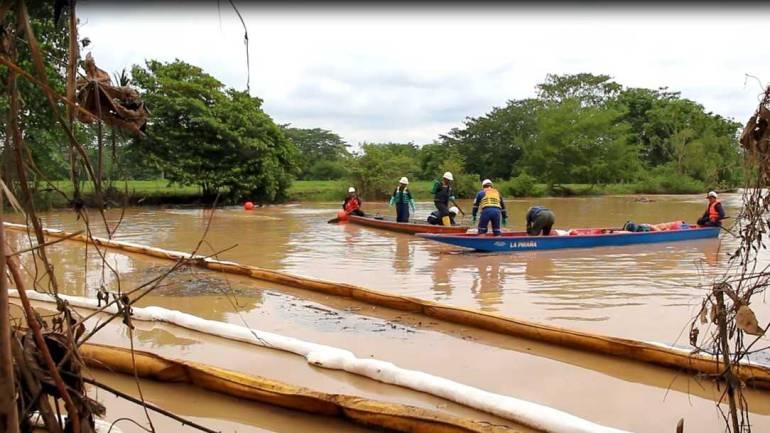 Lizama 158: Ecopetrol inició labores de limpieza en quebradas La Lizama y Caño Muerto