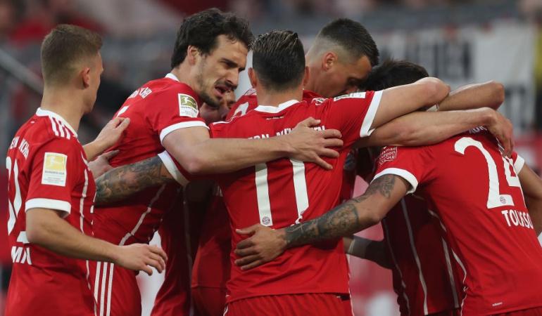 Bayern Múnich James Borussia Mönchengladbach: Con James, Bayern Múnich goleó 5-1 al Mönchengladbach