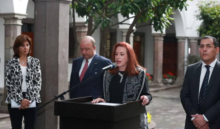 Lenin Moreno ordena cerrar diálogo de paz con guerrilla ELN — ECUADOR