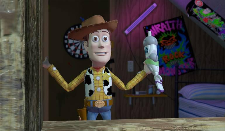 El vaquero Woody con un brazo del astronauta Buzz Lightyear. En los primero bocetos, Woody iba a ser un personaje malvado.