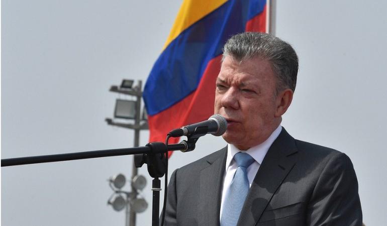 Santos habla de avances en materia laboral el Día del Trabajo