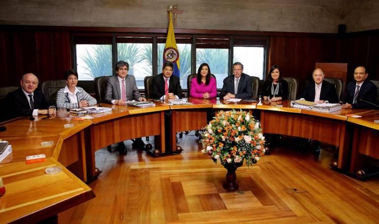 Corte Constitucional: Corte ratifica creación de la Comisión Nacional de Disciplina