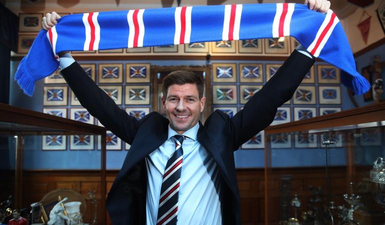 Steven Gerrard: Steven Gerrard tendrá su primera experiencia como técnico con Rangers