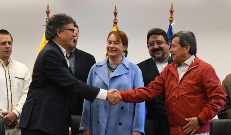 Gobierno colombiano y ELN retomarán conversaciones de paz en Cuba — AMPLIACION