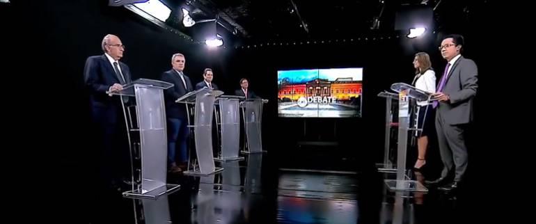 Metro y seguridad, los temas del debate presidencial sobre Bogotá
