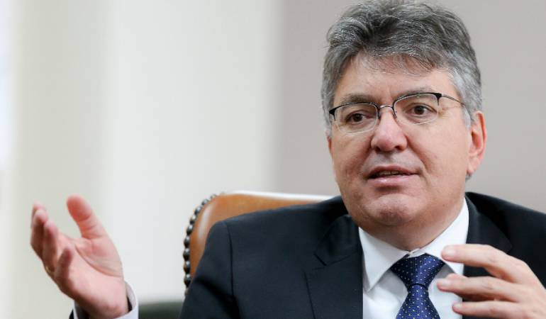 Economía Colombiana: La firma Fitch mantiene calificación de Colombia en triple B