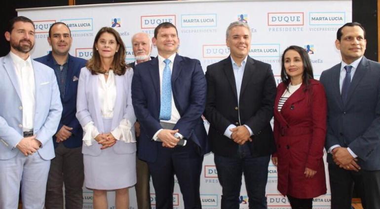 Mira oficializa adhesión a campaña de Iván Duque