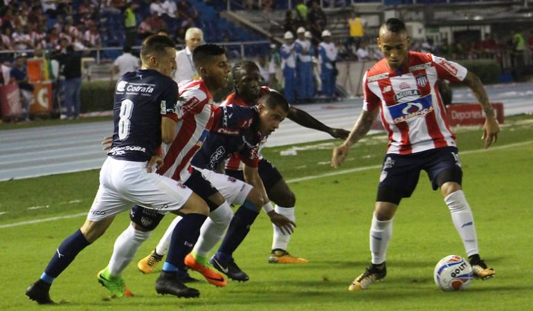 junior medellín cuartos de final liga aguila: Junior recibe a un golpeado Medellín que fue eliminado de la Sudamericana