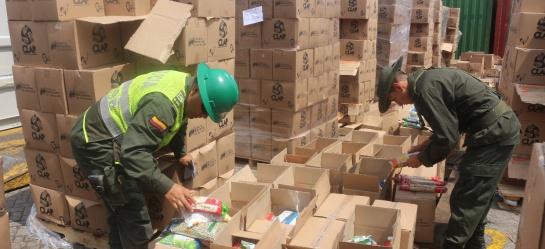 Presidente de Colombia denuncia posible fraude en elecciones de Venezuela: Santos denuncia plan de Maduro para 'trasteo de votos' desde Colombia