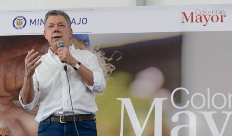 """Gobierno Santos: Santos: """"Le dejo a mi sucesor un país con menos desigualdades"""""""
