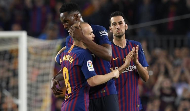Yerry Mina Andres Iniesta: Mina jugó los 90 minutos en la despedida de Iniesta del Barcelona