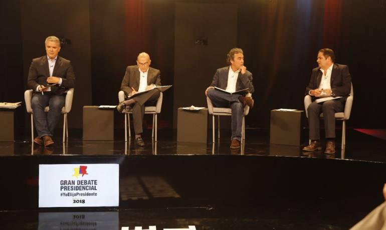 Elecciones Venezuela: Candidatos presidenciales desconocen resultados electorales en Venenezuela