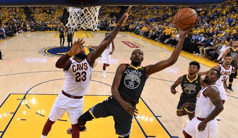 NBA Warriors: Curry explota con nueve triples y los Warriors se colocan con 2-0