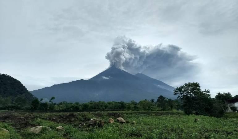 Erupción volcánica en Guatemala deja ya 25 muertos
