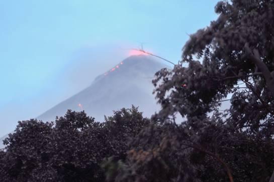 Volcán de Fuego: Tragedia en Guatemala: 69 muertos y 1,7 millones de afectados por erupción