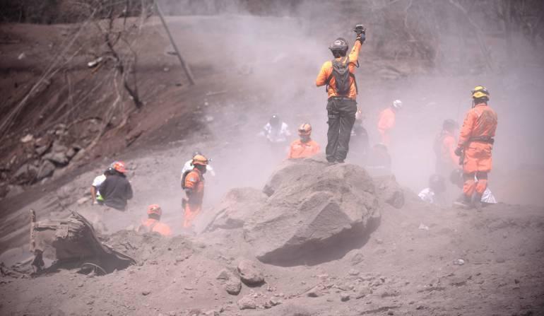 Volcán de Fuego: Guatemala suspendió búsqueda de víctimas y pedirá apoyo internacional