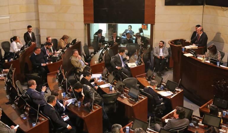 Congreso de Colombia: Gobierno no descarta convocar al Congreso a sesiones extras