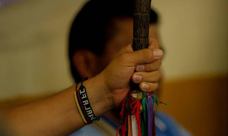 Indigenas Colombianos: Subasta benéfica por los indígenas Guambianos de Colombia
