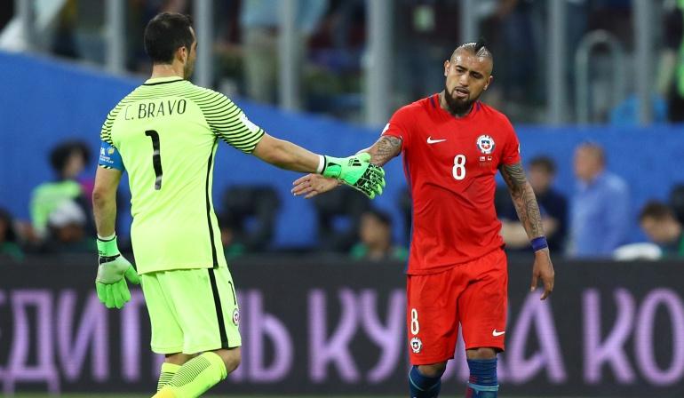 Claudio Bravo desmiente haber renunciado a la Selección chilena