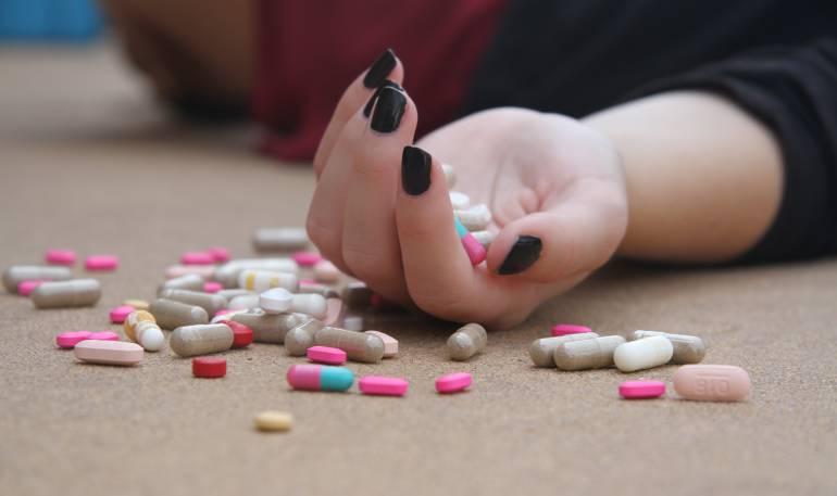 suicidios: Los suicidios son la décima causa de muerte en EE.UU.