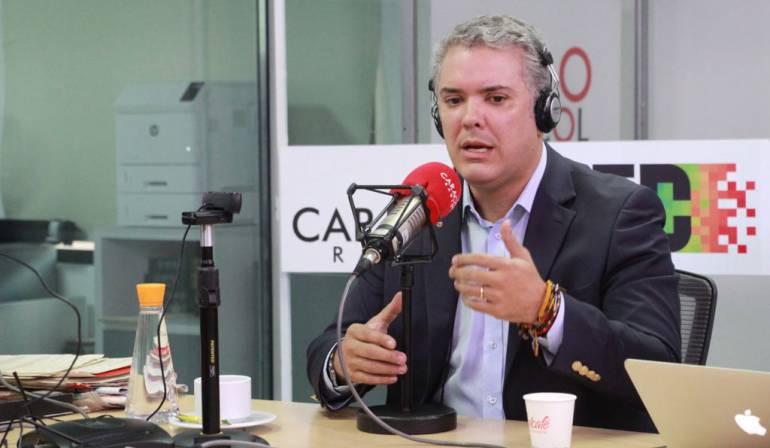 """Elecciones presidenciales: Iván Duque: """"A mí no me toca andar escribiendo en mármol nada"""""""
