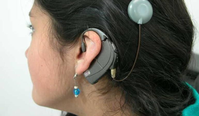 pérdida auditiva: Tercera parte de personas mayores de 65 años padecen pérdida auditiva