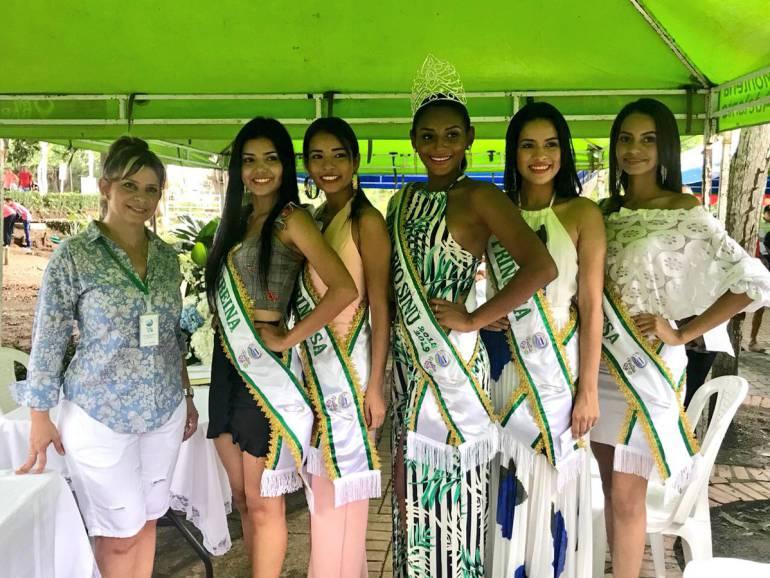 Ganadoras de las Fiestas del Río reciben premiación
