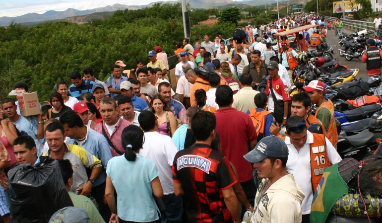 Crisis de Venenzuela: Gobierno incrementa oficiales de migración por crisis con Venezuela
