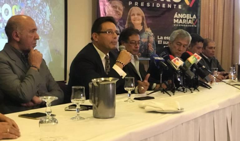 elecciones presidenciales de Colombia 2018: Grupo de oficiales retirados de la policía adhiere a campaña de Petro