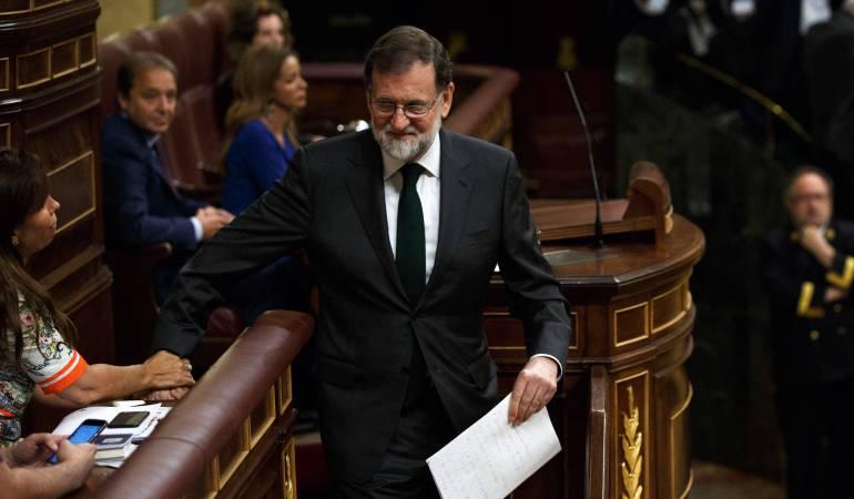 congreso español: Rajoy renuncia como diputado en España