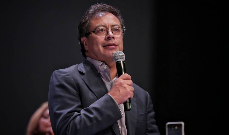 justicia especial de paz: Petro alienta movilizaciones ante trabas del Congreso a la JEP